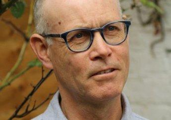 Sahnetozu.com Sahne Tozu Tiyatrosu Ailesine Terry Davies'in Mesajı Var...
